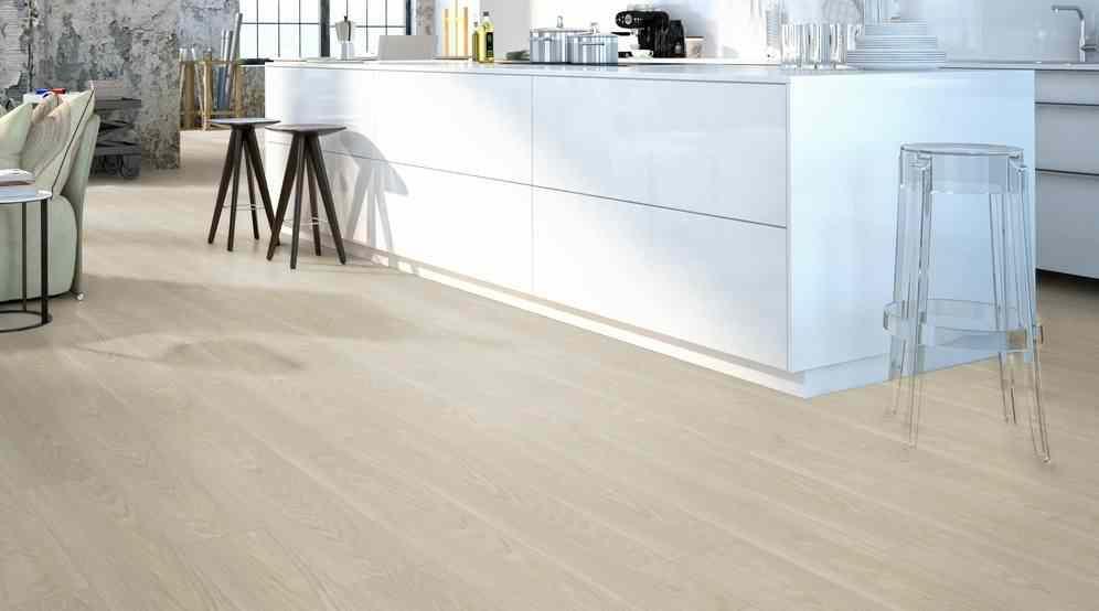 Pavimenti vinilici a click 16 99 pavimento vinilico a for Pavimento vinilico